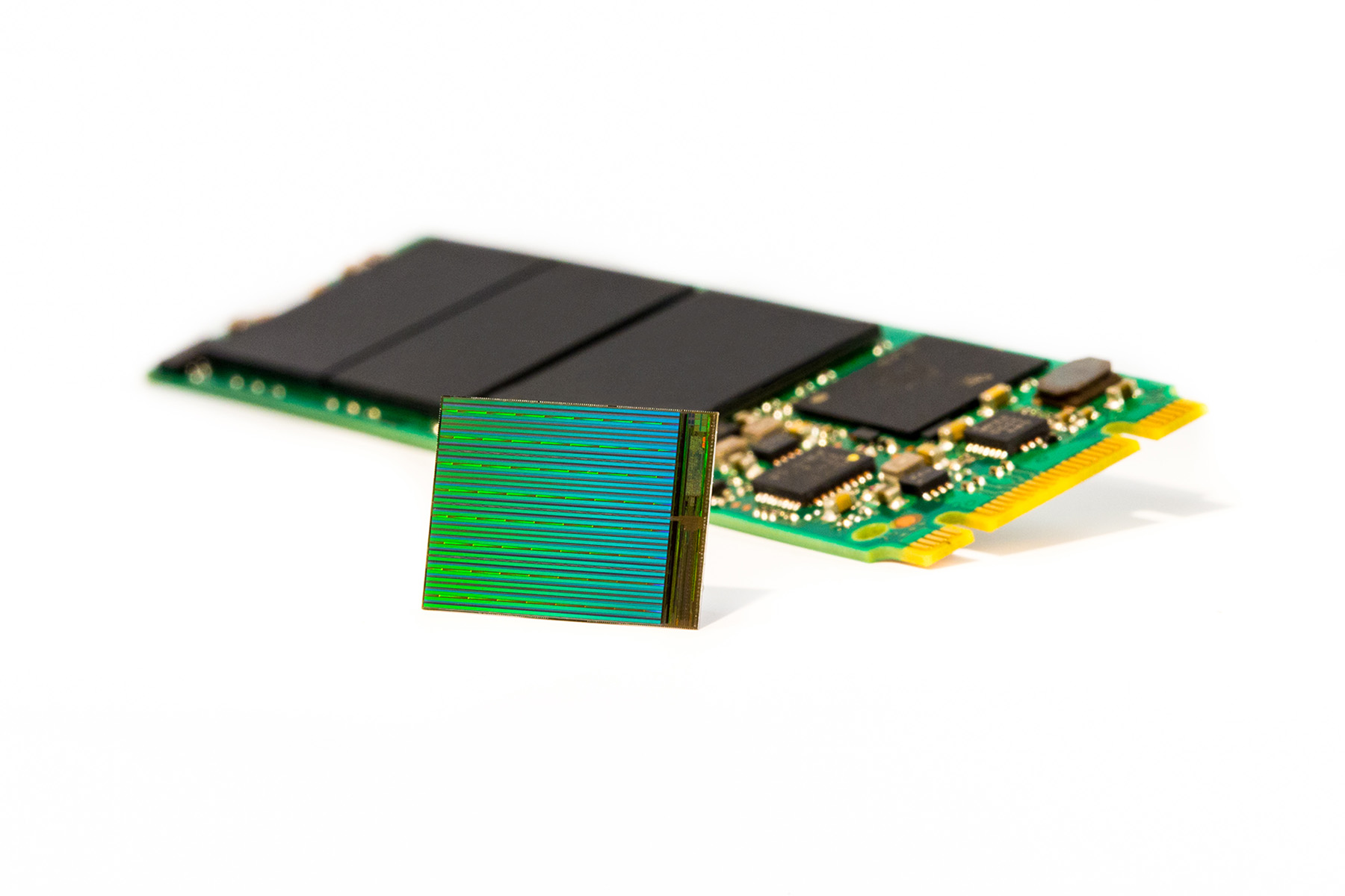 3D NAND - Die with M2 SSD